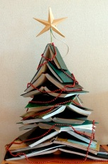 Xmas-tree-of-books